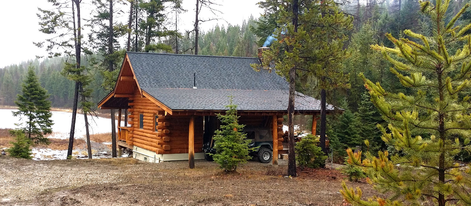Lake front cabin in Montana for sale
